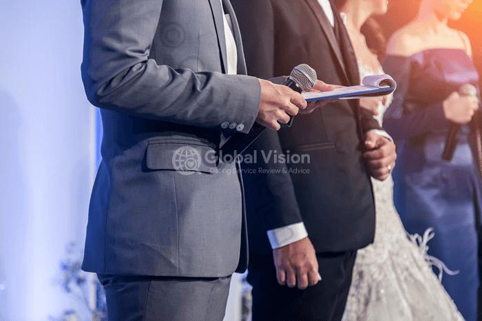 結婚式での馴れ初めの紹介